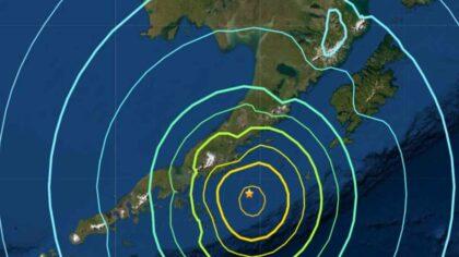Alaska, lovita de un cutremur...